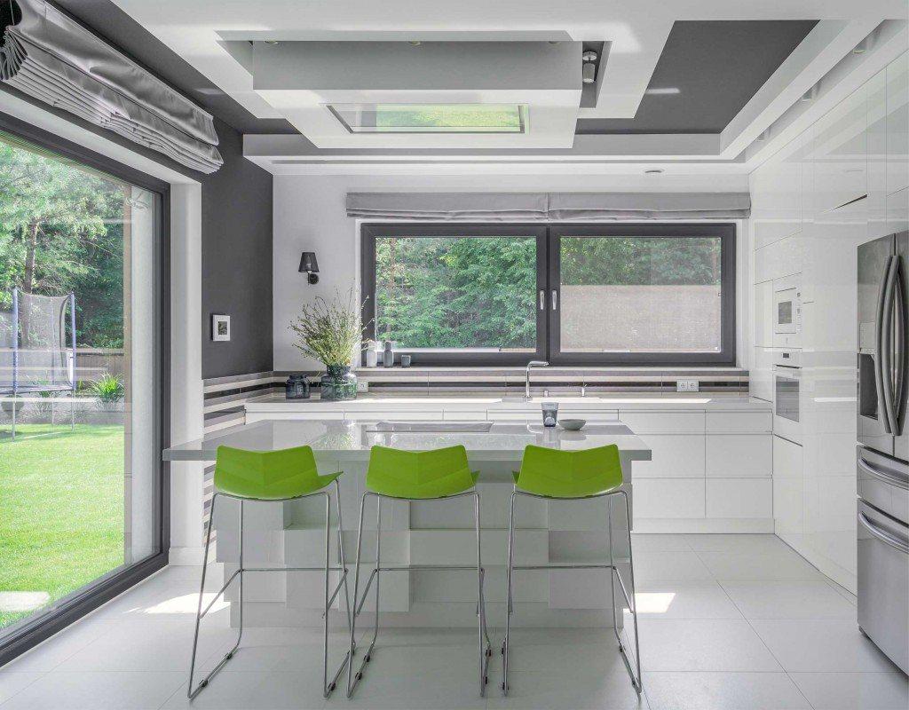 Duże okna w kuchni